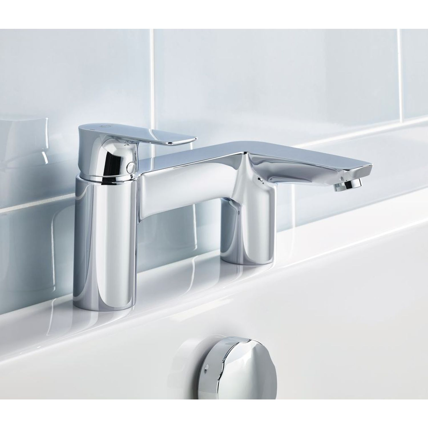 Ideal Standard | Concept Air | A7051AA | Bath Filler | Lifestyle 1